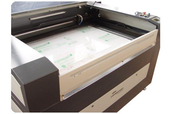 lasersnijder 600x400